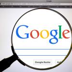 La juxtaposition de mots par le biais de la fonctionnalité Google Suggest ne constitue pas une nouvelle publication