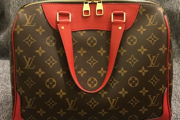 handbag-2033967_640