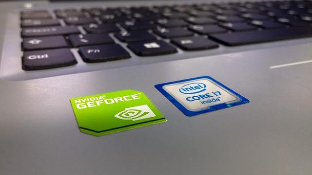 laptop-2585959_640
