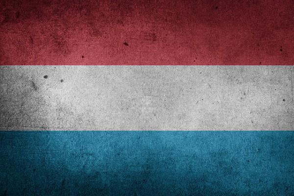 flag-1361372_640