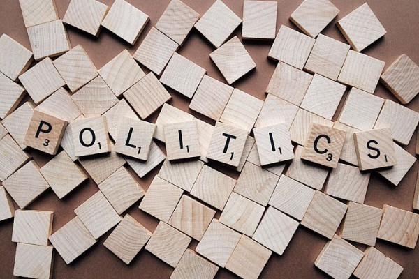 politics-2361943__480