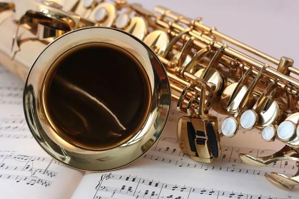 saxophone-546303__480