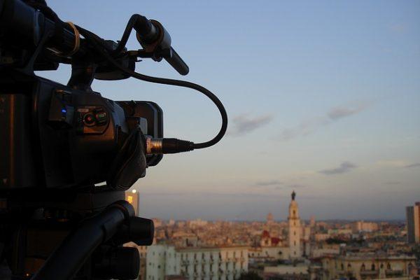 Le conseil d'état censure l'interdiction de représentation publique du documentaire « Salafiste » au moins de 18 ans.