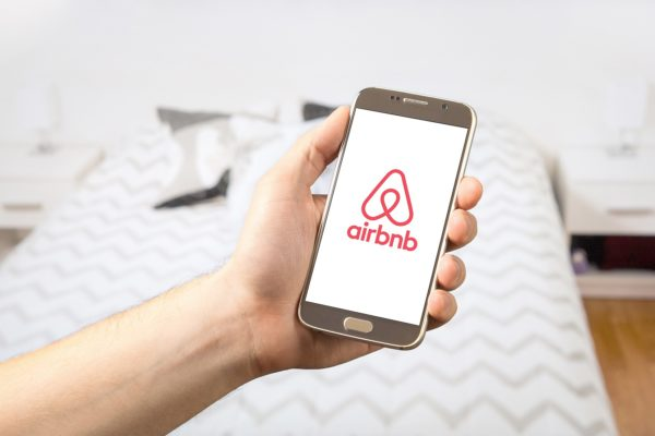 Airbnb : Agence immobilière ou SSI ?