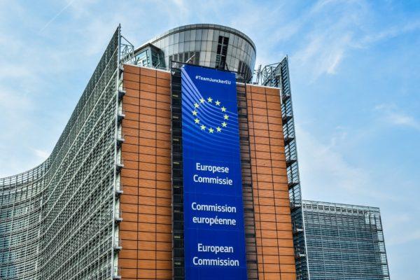 Droit de la concurrence : Slack attaque Microsoft devant la Commission européenne